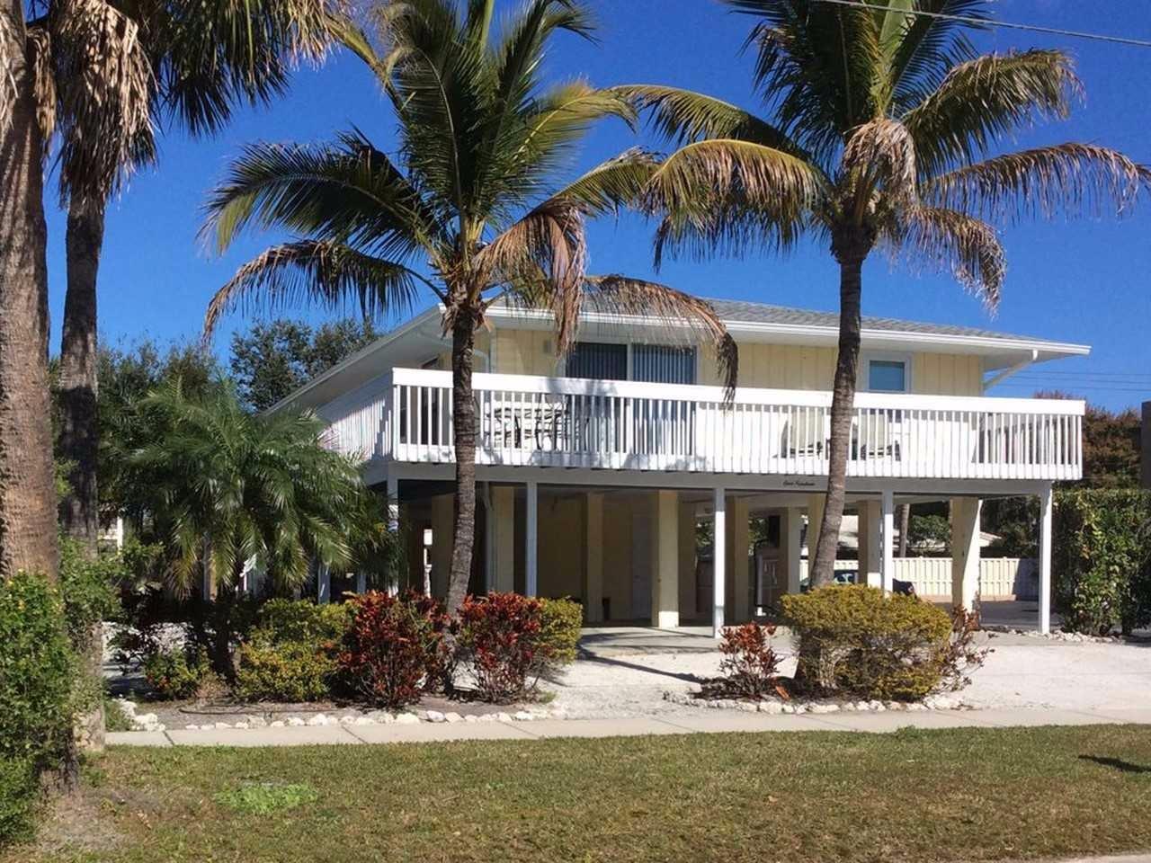 Seashell Chateau in Siesta Key Village