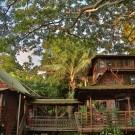 Hale Maluhia Country Inn (house of peace)