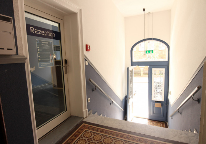 Blue Doors Altstadt