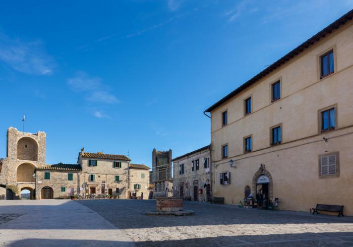 Rooms and Wine al Castello di Monteriggioni