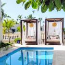 Tres Sirenas Beach Inn
