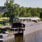 BAM BU DAH boat in Prague
