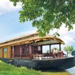 Cosy Houseboats